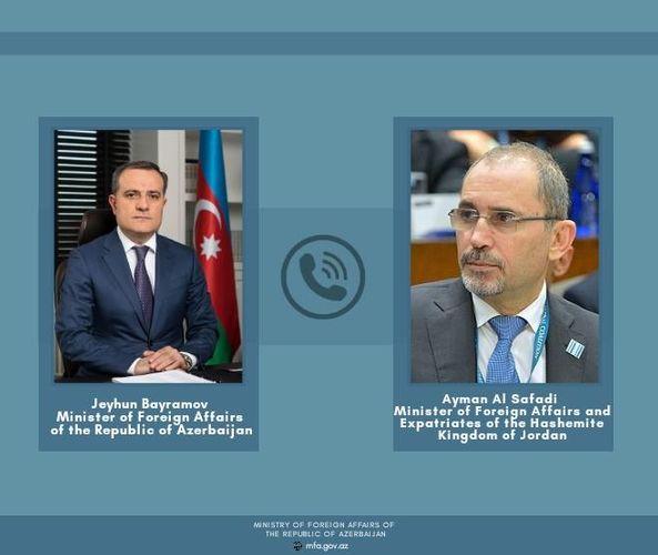 Azerbaijani FM holds phone conversation with his Jordanian counterpart