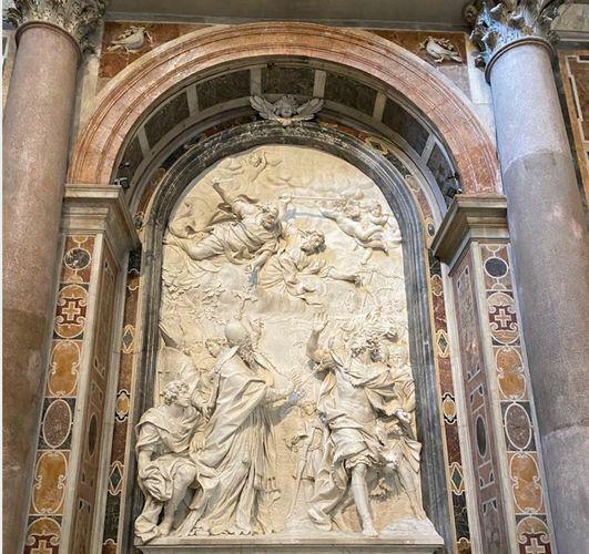 Фонд Гейдара Алиева отреставрировал барельеф «Встреча Папы Римского Льва I и императора гуннов Аттилы» в Базилике Собора Святого Петра в Ватикане