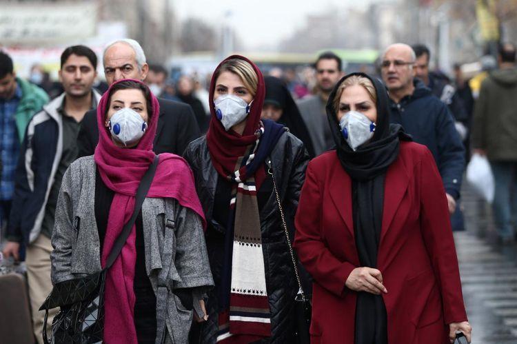 Иран введет новые ограничения из-за коронавируса