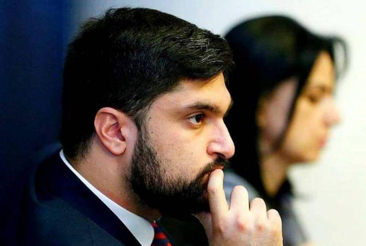 Глава аппарата вице-премьера Армении покидает пост из-за слов Пашиняна