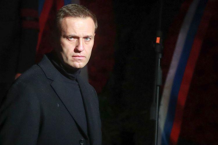 Навальный подал иск против Пескова