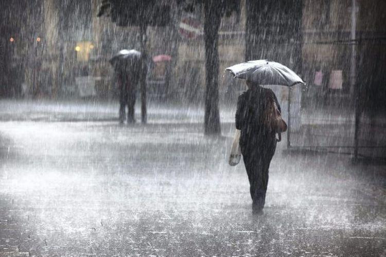 В Баку и на Абшеронском полуострове прошли ливни, в Дашкесане выпал снег - ФАКТИЧЕСКАЯ ПОГОДА