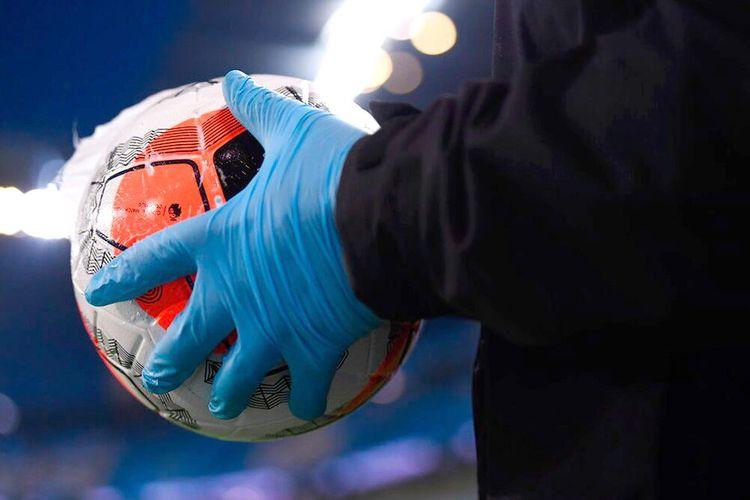 İngiltərə Premyer Liqasında koronavirusa rekord sayda yoluxma qeydə alınıb