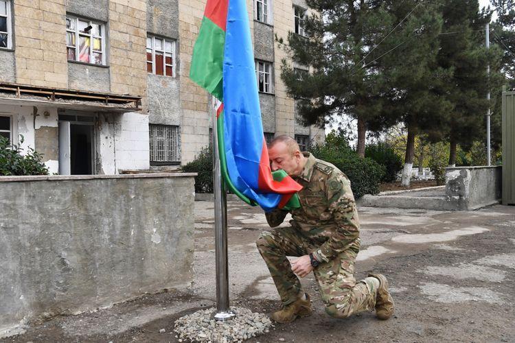 Президент: Разрушенный город Физули - живой свидетель армянского фашизма, весь мир должен это видеть и не молчать