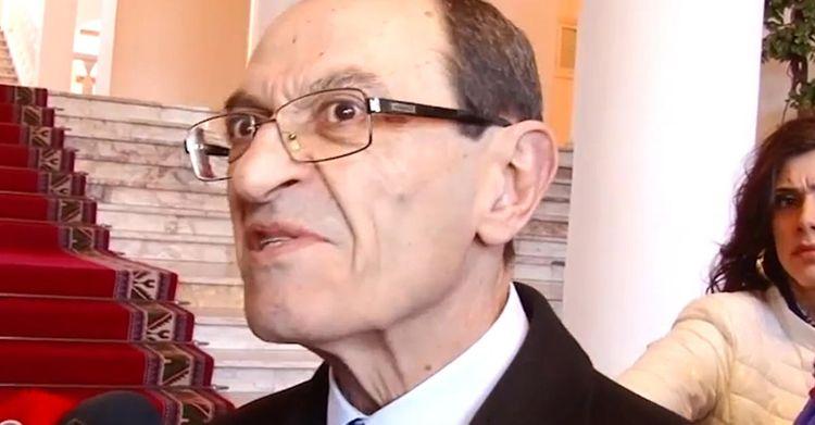 Şavarş Koçaryan Ermənistan xarici işlər nazirinin müavini vəzifəsindən azad edilib