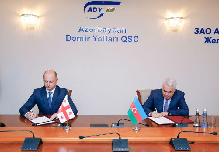 Azərbaycan və Gürcüstan dəmiryol sahəsində əməkdaşlığa dair sənəd imzalayıb