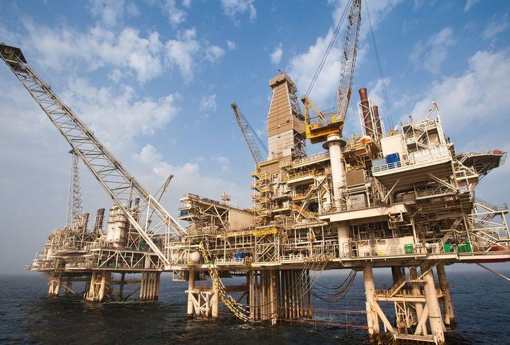 Инвестиции в нефтегазовый сектор Азербайджана выросли на 12%