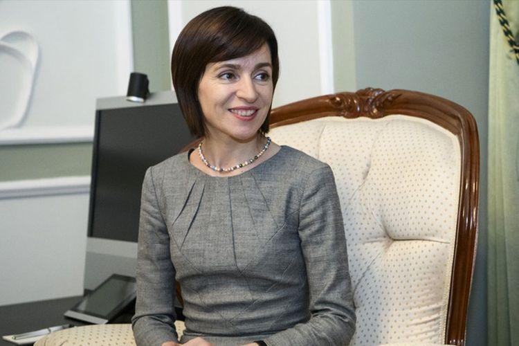 Президент Ильхам Алиев поздравил нового президента Молдовы