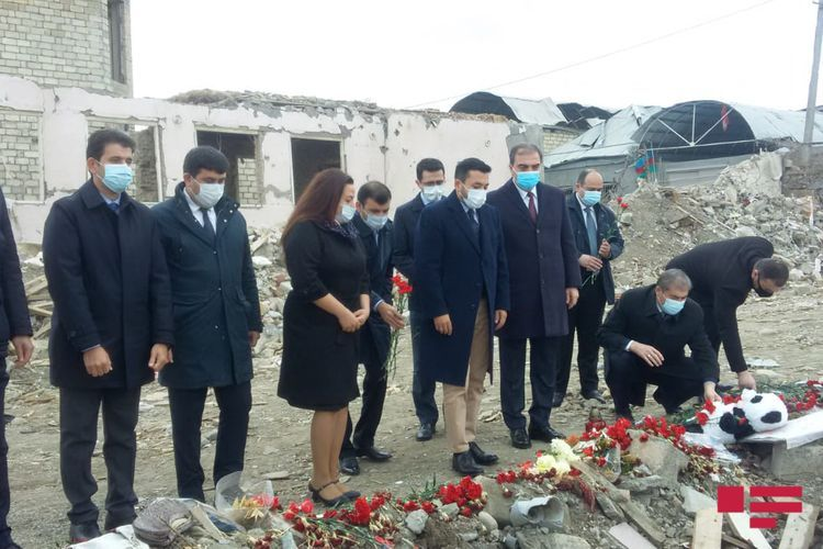 OIC Youth Forum representatives visit missile hit area in Ganja by Armenia