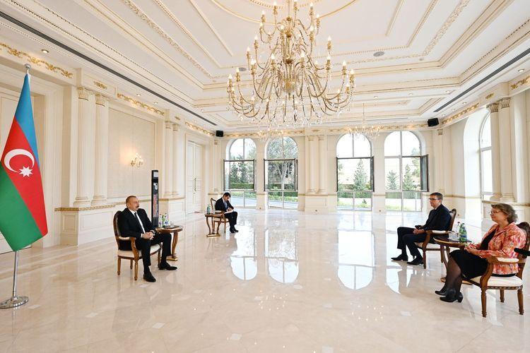 Президент Ильхам Алиев принял верительные грамоты нового посла Нидерландов в Азербайджане - ОБНОВЛЕНО