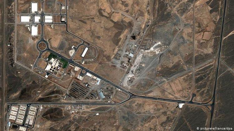 İran yeni nəsil sentrifuqalara qaz vurmağa başlayıb