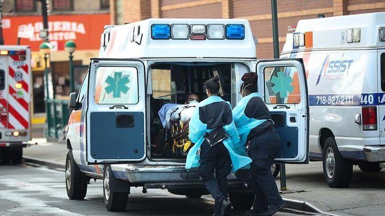 В США за сутки выявлено 152 996 случаев инфицирования COVID-19, умерли 1 524 человека