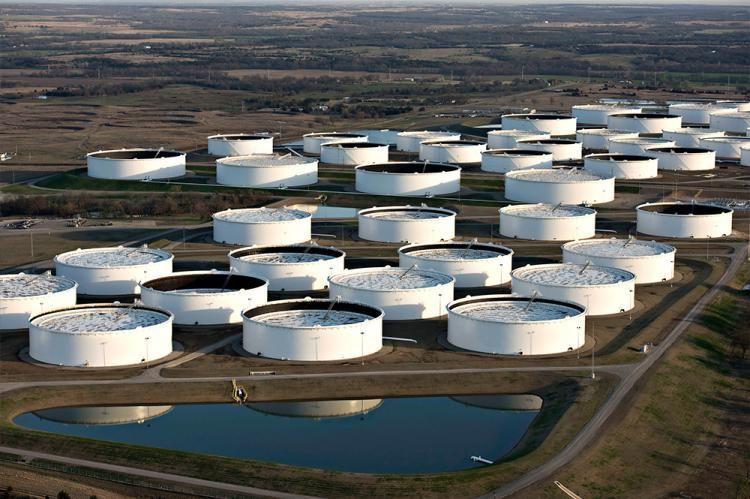 US oil reserves approach 490 mln. barrels - OFFICIAL
