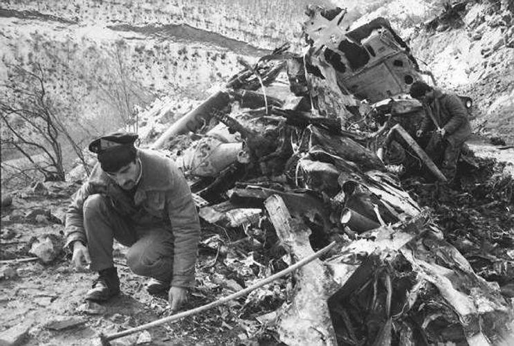 Прошло 29 лет со дня уничтожения армянами вертолета с представителями политической элиты Азербайджана - СПИСОК 22 ПОГИБШИХ