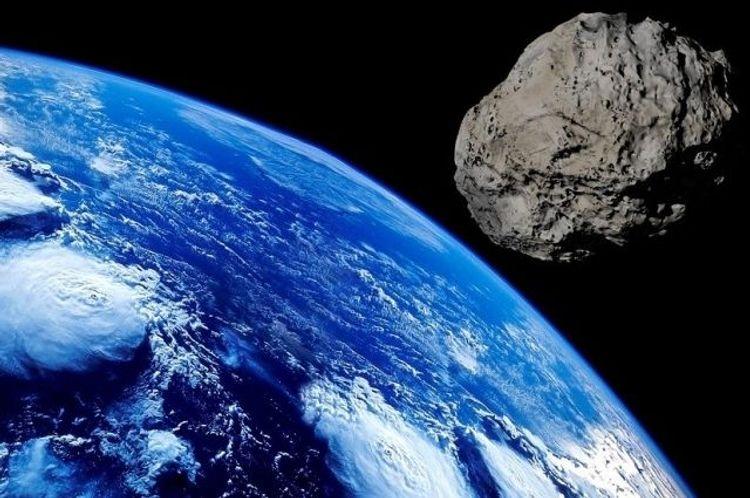 Опасный астероид рекордно приблизился к Земле