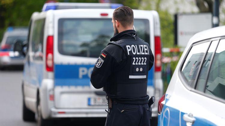 В Германии неизвестный ранил несколько человек холодным оружием