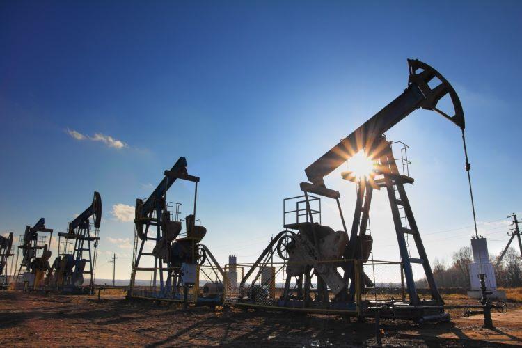 Цена нефти Brent превысила 44 доллара
