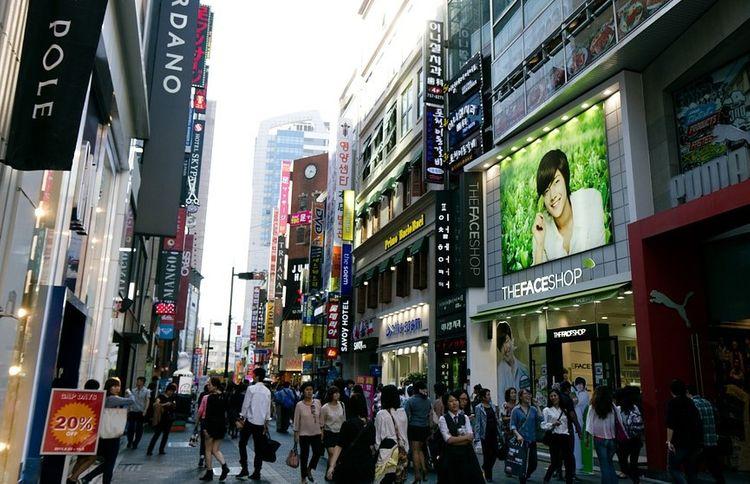 Cənubi Koreyada koronavirusun üçüncü dalğası başlayıb