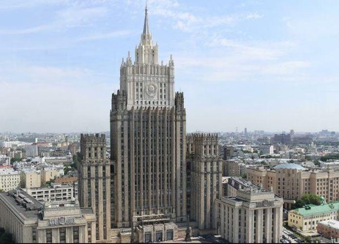 В МИД РФ сообщили, что российская межведомственная делегация посетит Ереван и Баку