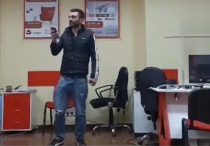 Tbilisidə mikromaliyyə təşkilatının ofisinə basqın zamanı girov götürülənlər azad edilib - YENİLƏNİB