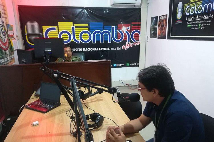 Kolumbiya radiosunda Ermənistan-Azərbaycan münaqişəsi və atəşkəs bəyanatı haqda danışılıb