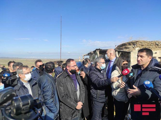 Представители дипкорпуса и военные атташе стали свидетелями последствий военных преступлений, совершенных Арменией в городе Физули - ОБНОВЛЕНО - ФОТО