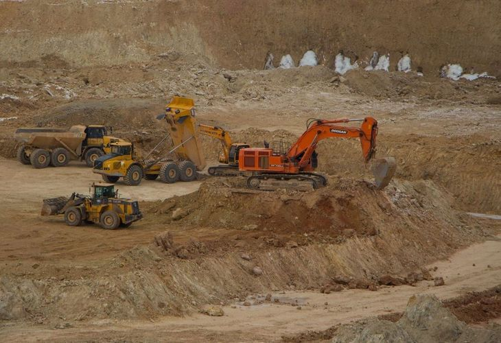 Anglo Asian Mining cuts gold production forecast for Azerbaijan