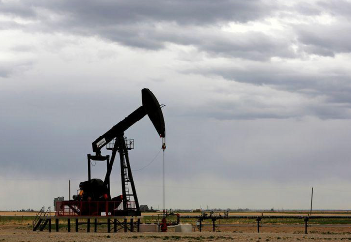 Oil prices rally further on vaccine optimism despite inventory rise