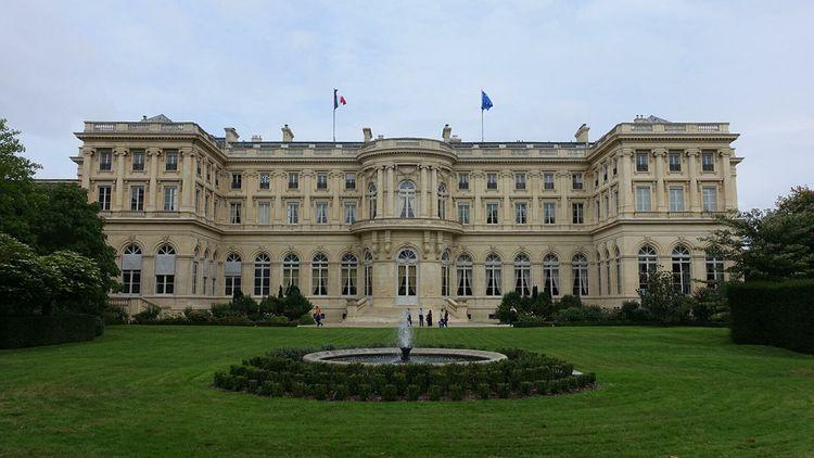 МИД Франции не поддержал резолюцию Сената о признании Карабаха