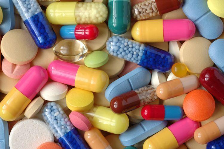 Обнародовано число обратившихся за последний месяц в КМЦ в связи с отравлением лекарствами