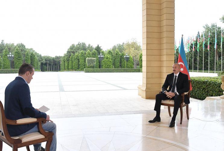 """Prezident İlham Əliyev Rusiyanın """"Pervıy Kanal"""" televiziyasına müsahibə verib"""