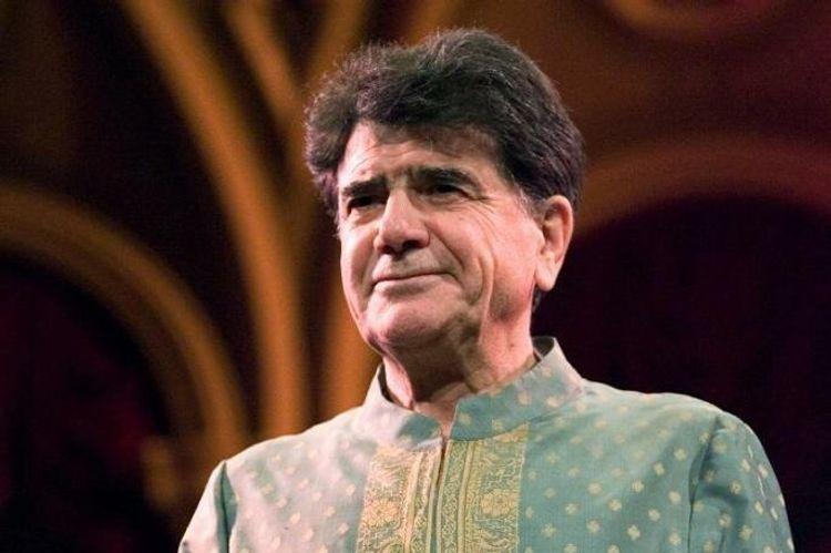 İranlı muğam ifaçısı Məhəmməd Rza Şəcərian vəfat edib