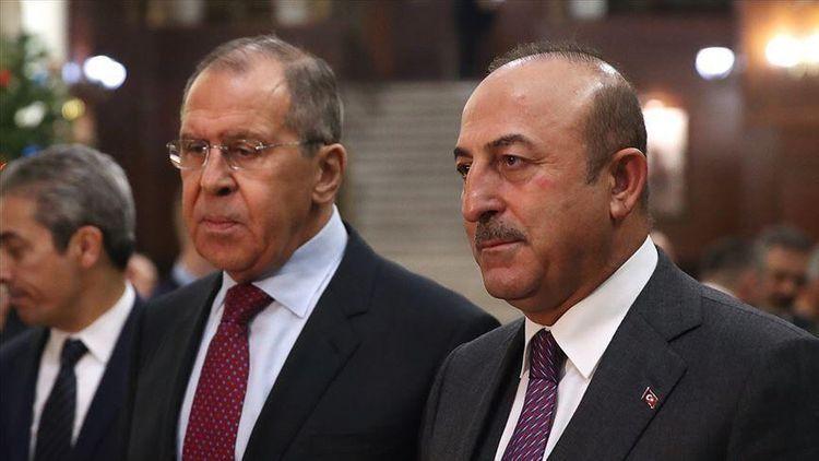 Turkish, Russian FMs hold phone conversation