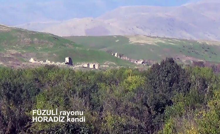 Müdafiə Nazirliyi Füzulinin işğaldan azad olunan Horadiz kəndinin yeni görüntüsünü yayıb - <span class=