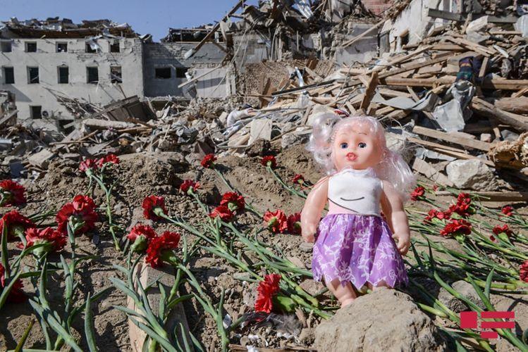 Target of Armenian terror - Gandja city: rocket hit territory a day later - <span class=