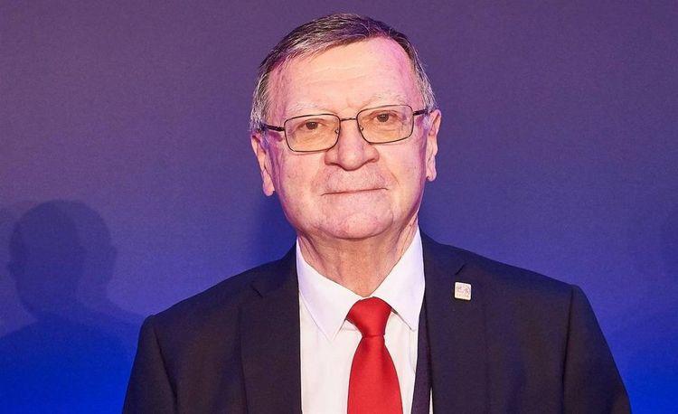 Aleksandr Boriçiç yenidən Avropa Voleybol Konfederasiyasının prezidenti seçilib