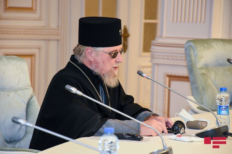 """Father Alexander: """"Present condition of Armenian church in Baku is evident"""""""