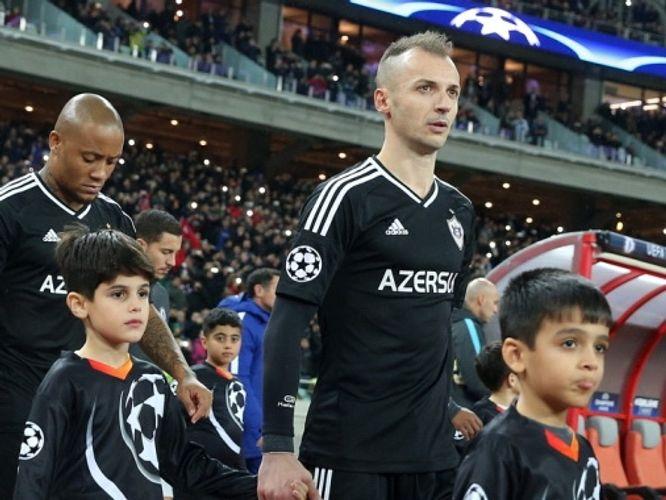 Albaniyalı futbolçu erməni terrorunu qınayıb