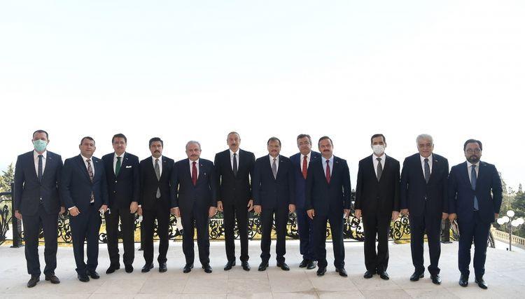 Президент Азербайджана: Поддержка государства и народа Турции имеет особое значение