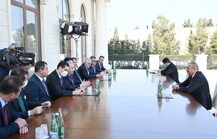 Президент Ильхам Алиев принял председателя ВНСТ  - ОБНОВЛЕНО
