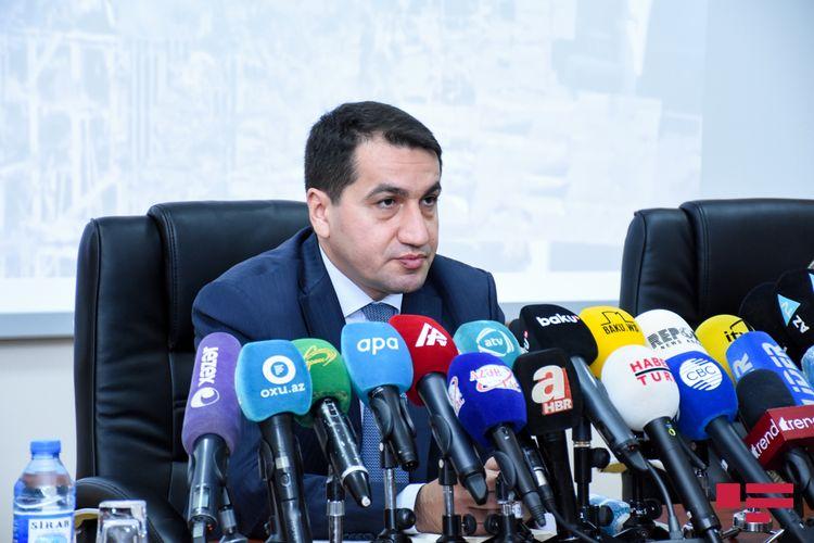 """Hikmət Hacıyev: """"Azərbaycan Ordusu tərəfindən düşmənin təxribatlarına layiqli cavab verilir"""""""
