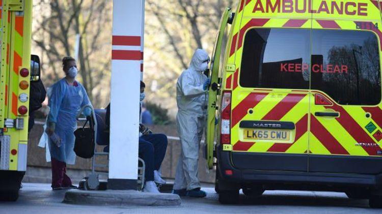 Britain records 18,804 new COVID cases on Monday
