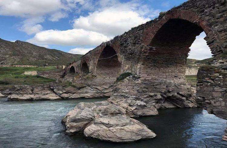 """""""Xudafərin"""" və """"Qız Qalası"""" hidroqovşaqları Azərbaycana ildə 368 mln. kVt-saat elektrik enerjisi istehsal etməyə imkan verəcək"""