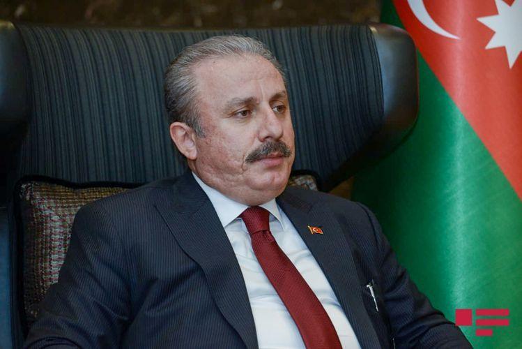 Председатель турецкого парламента выступил в Милли Меджлисе - ОБНОВЛЕНО-1
