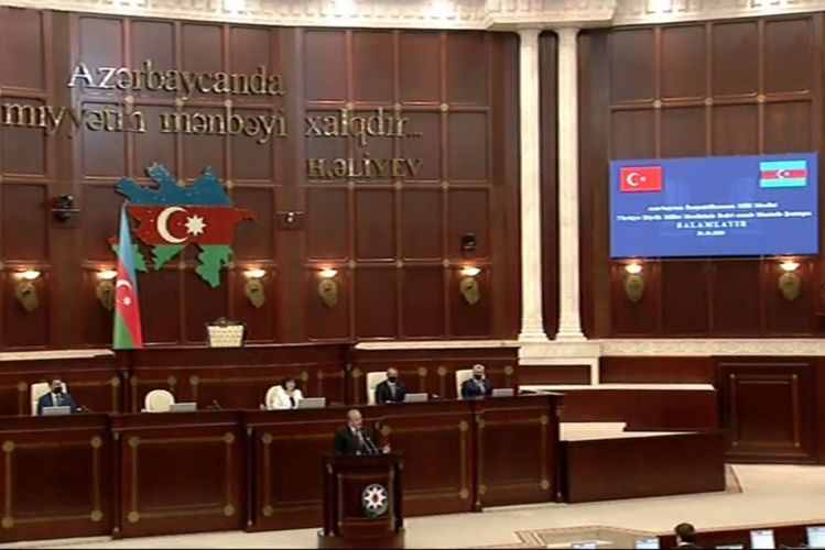 """Mustafa Sentop addresses to the world from Azerbaijani Parliament: """"Are you dumb, deaf, or blind?"""""""