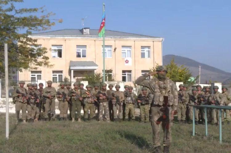 В освобожденном от оккупации городе Зангилан поднят флаг Азербайджана - ВИДЕО