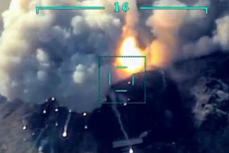 Уничтожена военная техника и живая сила врага – ВИДЕО
