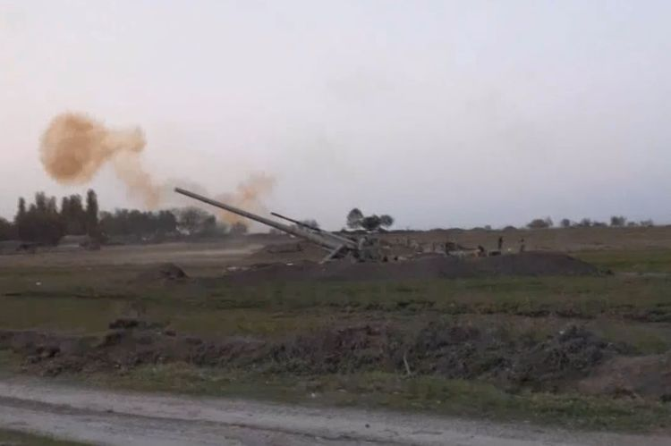 MoD: Video recording of artillery strikes at the night and day time - VIDEO