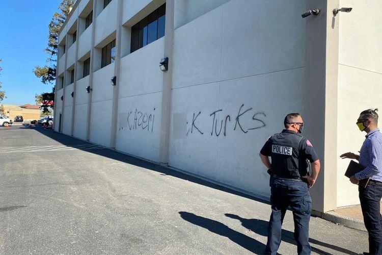 Armenians commit vandalism act against Azerbaijanis in California