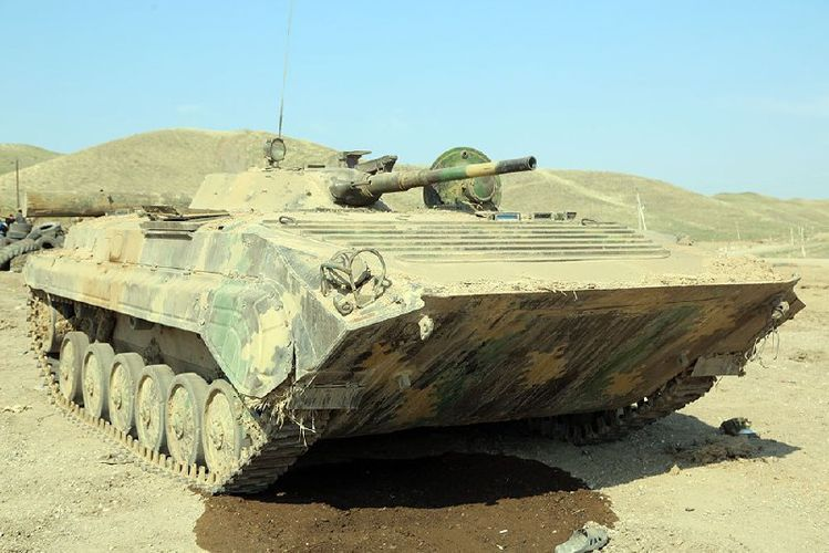 Минобороны распространило кадры очередной военной техники, оставленной противником на поле боя - ВИДЕО